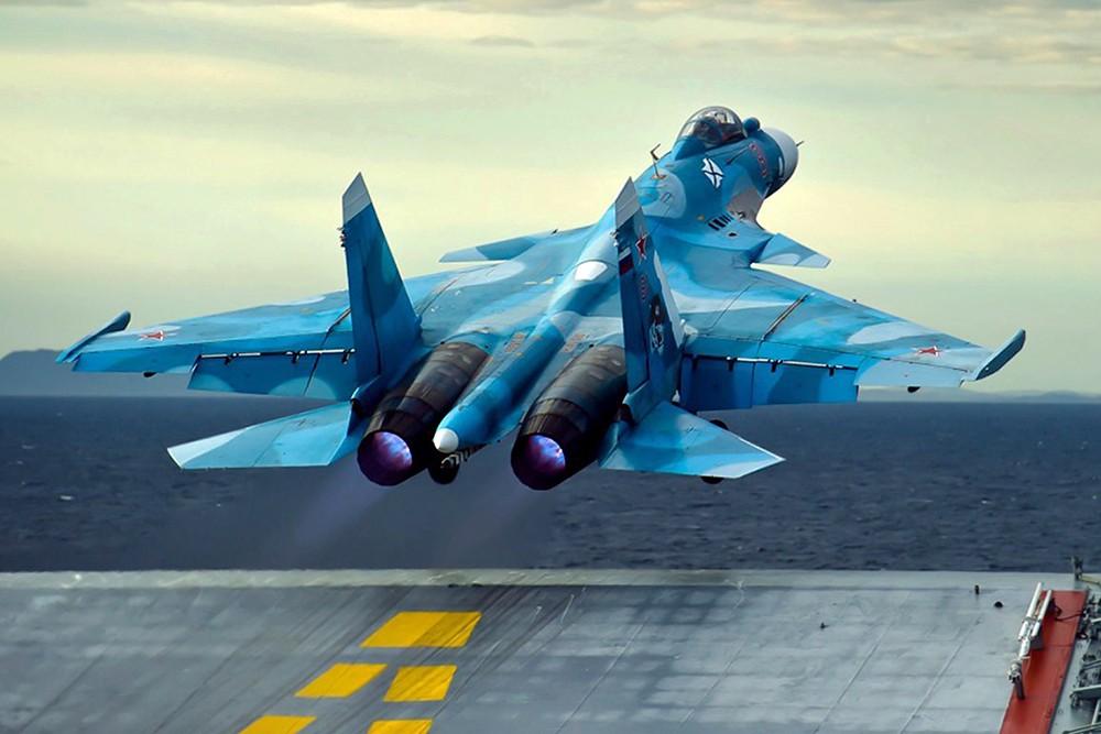 Взлет Су-33