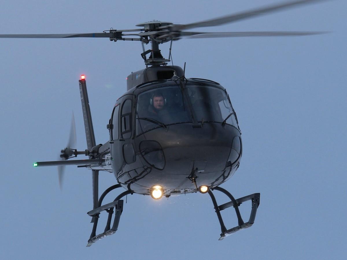 AS350 прилетел эффектно