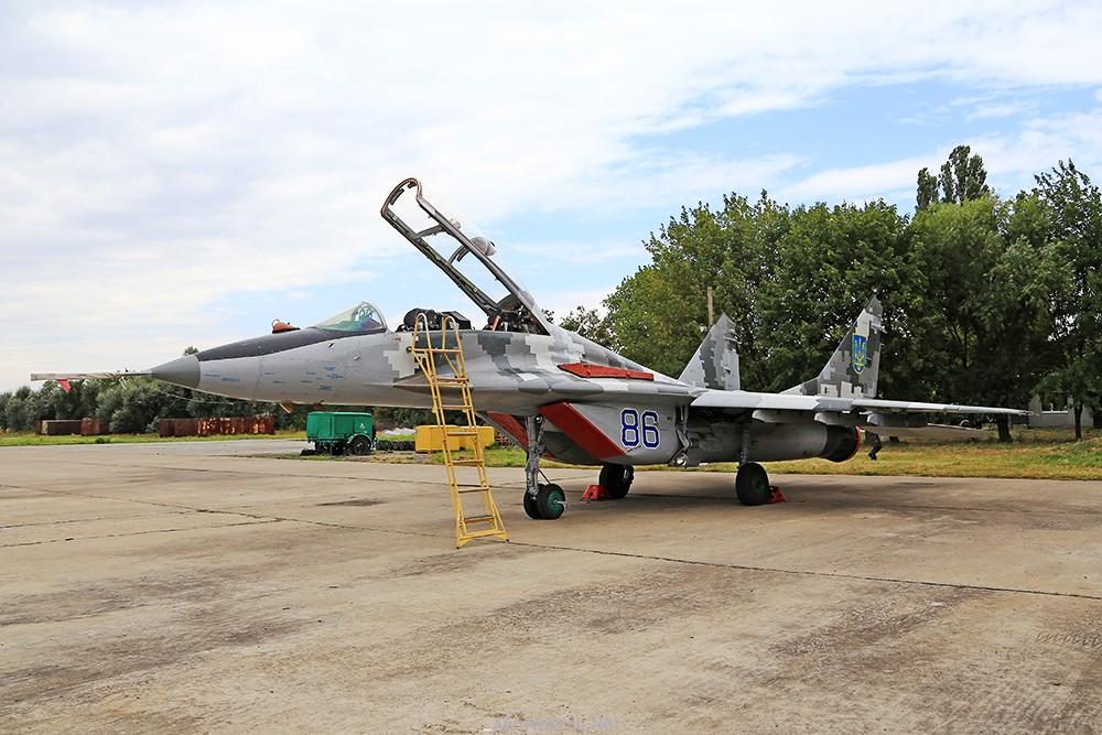Миг-29УБМ